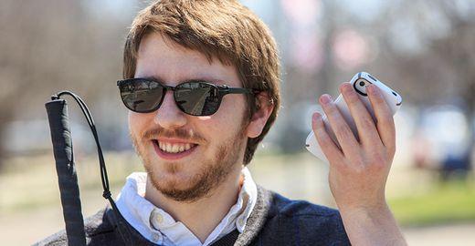 """App da Microsoft possibilita que os cegos """"enxerguem"""" objetos à sua volta"""
