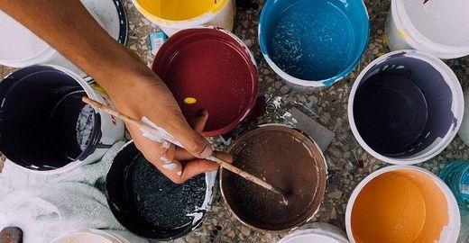 Como as cores influenciam as vendas online?